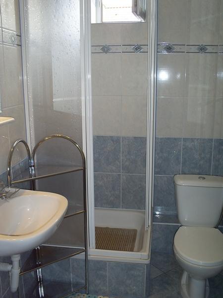 Tanie pokoje nad morzem łazienka pokoju 1